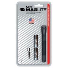 Maglite 116-565 Ultra Mini MagLite Black Flashlight w/Clip and 2 AAA Batteries