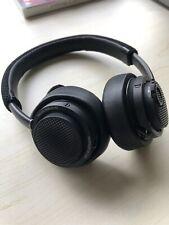 Philips Fidelio M2 Bluetooth headphones