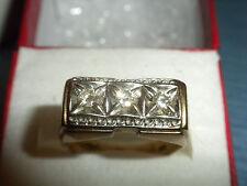 VINTAGE MEN'S 3 DIAMOND YELLOW & WHITE GOLD RING