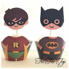12x Batman And Robin Cupcake Toppers + Wrappers. Party Supplies Lolly Loot Bag