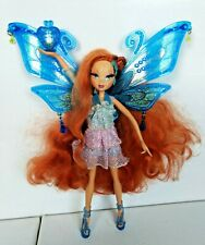 Winx Club Süße Bloom Pixie Flight Enchantix Traumhaar mit Outfit + Schmuck