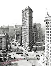 Photograph of the Flatiron Building in Manhattan New York Year 1912  8x10