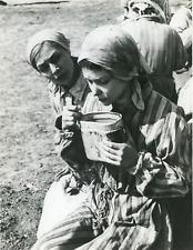 """Cinéma, """"Kapo"""", Susan Strasberg and Emmanuelle Riva Vintage Print Tirage argen"""