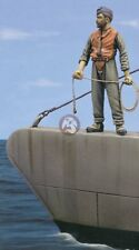 Royal Model 1/35 German Submarine U-81 Seaman 1942 (Resin Figure Vignette) 241