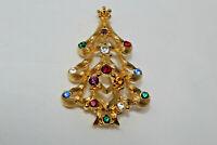 Beautiful Goldtone Signed MONET Colorful Rhinestone Christmas Tree Pin N2