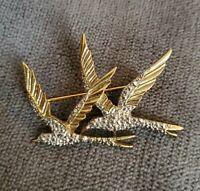VINTAGE MICHELLE LYNN Brooch BIRDS IN FLIGHT Gold Tone