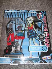 Monster High Doll Frankie Stein I Heart Love Fashion New NIB Toys R US Exclusive