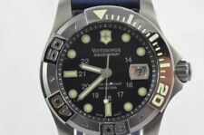 Victorinox Dive Master 500 241264 Men's Watch Quartz Nice Condition 43mm