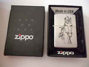 ZIPPO HORSE HEAD ENGRAVED LIGHTER BRUSHED CHROME 2002 J 02 GREAT CONDITION & BOX