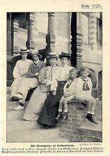Der Kronprinz in Gelbensandemit Herzogin Cecilie von Mecklenburg Prinzess...1904