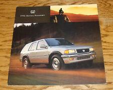 Original 1996 Honda Passport Deluxe Sales Brochure 96