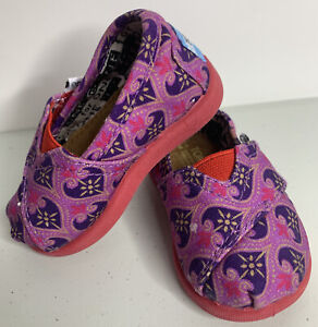 TOMS Size 2 T2 Toddler Baby Girl Shoes Disney
