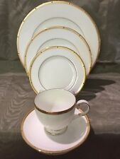 Noritake Rochelle Gold 1 Place Setting (display) #4796