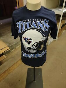 Officially Licensed NFL Game Day Tennessee Titans Helmet Navy T-Shirt Vintage