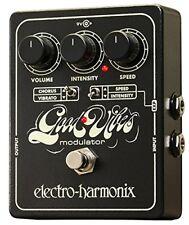 Pedali Electro-Harmonix per effetto chorus di chitarre