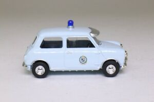 Vanguards 1:43 VA01310 Austin Mini New South Wales Police - NEW