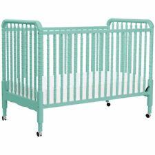 DaVinci Jenny Lind 3-in-1 Convertible Crib in Lagoon