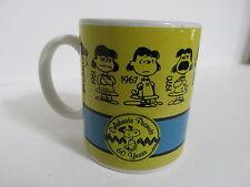 SNOOPY PEANUTS CHARLIE BROWN GIBSON STONEWARE 10 OZ COFFEE MUG CUP 2010