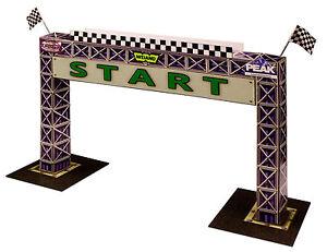 1:64 Scale Slot Car HO Photo Real Start Gantry Model Diorama Scenery Miniature