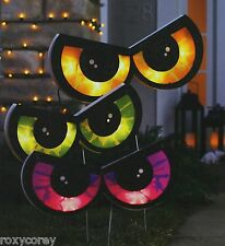 Halloween Spooky Eye Stake Lights 10 Clear Mini Bulbs & 3 - 24 in H Stake Lights