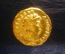 Bonito 54-68 A. D. ORO AUREUS del emperador Nero-reencendido