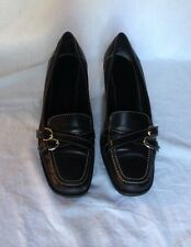 Women's Coach  Italian Genuine Leather rubber Sole Heel Shoes Size 8 or 9