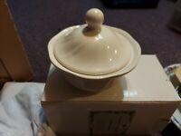 Pfaltzgraff Heritage Sugar Dish with Lid White Unused Vintage