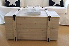 Holzkiste Truhe Couchtisch Vintage ShabbyChic Landhaus Massivholz alt Grau