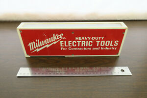 Vintage Milwaukee Power Tools AM~FM Radio Isis Model #1845 AS-IS Not working