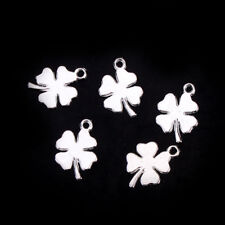 25 SILVER PLATE GOOD LUCK 4 LEAF CLOVER CHARM/PENDANT~18mm-Wedding Invites (61D)