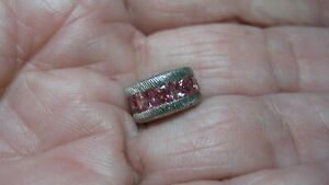 NICEJUDITH RIPKA STER SILVER CHARM W/DMQ, EXCELLENT COND, DOES NOT OPEN, DK PINK