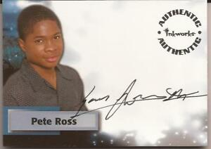 Inkworks Smallville Season 2 Sam Jones Autograph Pete Ross A8