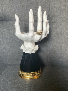 Bath and Body Works Halloween 2021 Witch Hand Candle Holder Pedestal Single Wick