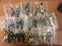 Lanard 24 Figures/2 Motorcycles 80s 90s Star Force Astronaut Military Space Lot