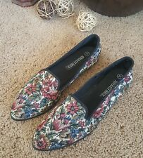 Vintage Separate Issue Women's Flats sz 10 Floral Pattern Slip On