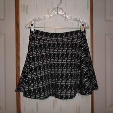 Picky Girl Black & White Check Knit Flared Mini Skirt  Juniors Size  Sz.L