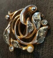 MOVITEX Classic vintage goldtone brooch signed Diamante pearl
