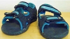 osr- SHOES BABY SZ 4 M BLUE OPEN TOE SANDAL EASY CLOSE