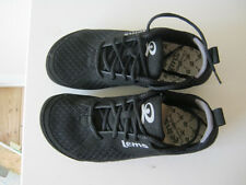 New Lems trainers mismatched odd-sized R41+L42