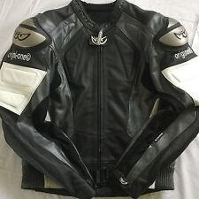 Berik Two piece Leathers / size Euro 46