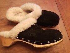 Ugg Australia 9 10 Clog Fur sheepskin lining Black Suede
