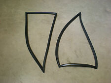 Triumph STAG ** HARDTOP side 1/4 WINDOW RUBBER SEAL ** PAIR ** Remade in Rubber