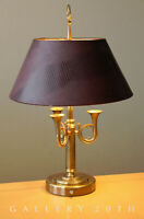 BUGLES! MID CENTURY MODERN BRASS DESK LAMP! ALLIGATOR SHADE VTG 50S TABLE