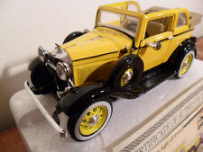 NATIONAL MOTOR MUSEUM MINT 1932 FORD V8 CONVERTIBLE SEDAN W/COA & CARD