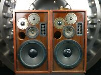 Marantz Model HD77 Floor Speakers