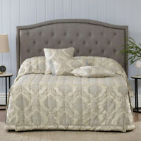 Dorset Taupe Bedspread Set | Bianca | Split corners maximises bedroom space.