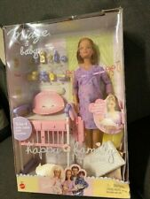 New Mattel Happy Family Pregnant Midge and Baby Barbie Doll 2002 NRFB SEALED!