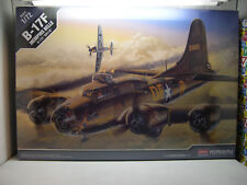 WWII B17F FLYING FORTRESS MEMPHIS BELLE ACM 1:72 PLASTIC MODEL AIRPLANE KIT