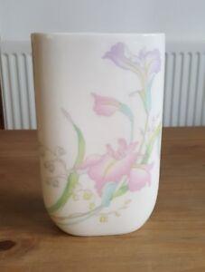Snow-drop Vase White