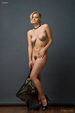 Fine Art Nude photo, signed 8.5x11 color print by Craig Morey: Liz Ashley 3440